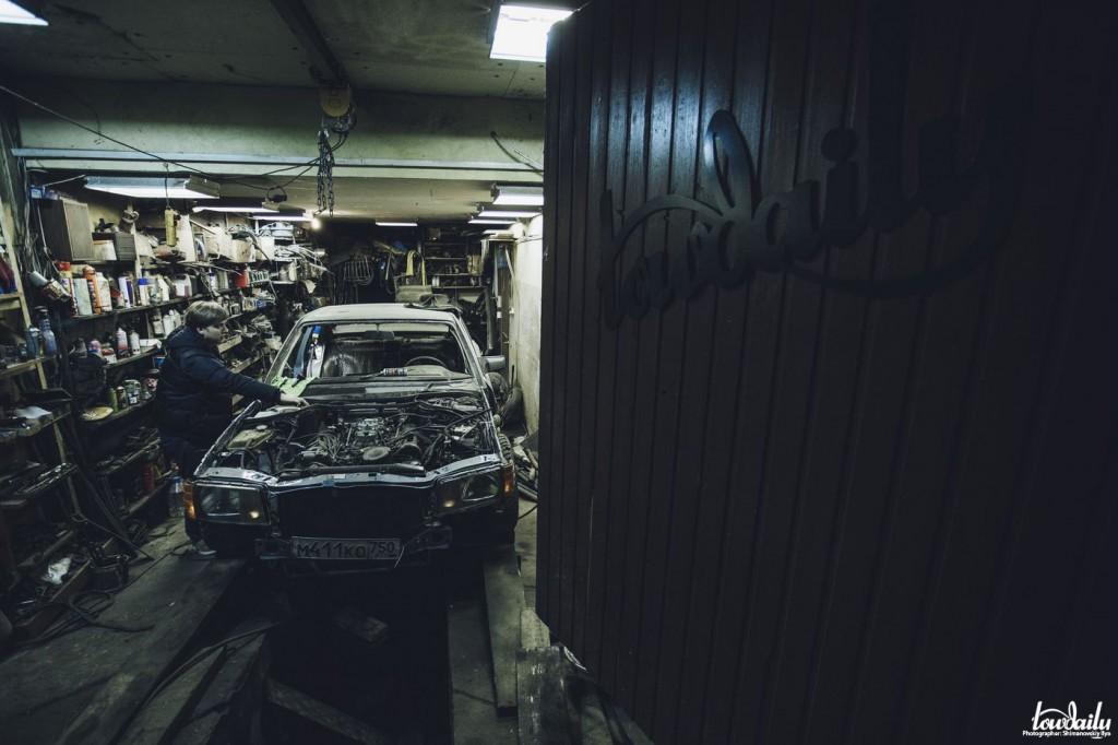 GodziLOW | Mercedes-Benz SE-class V8 5.0