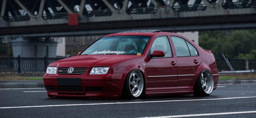 Imola Red   Volkswagen Jetta GLI