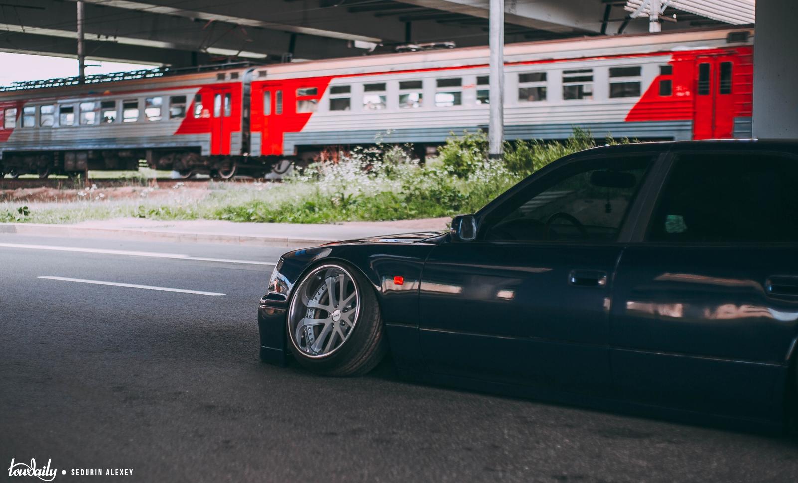 Lexus LS400 947A2353