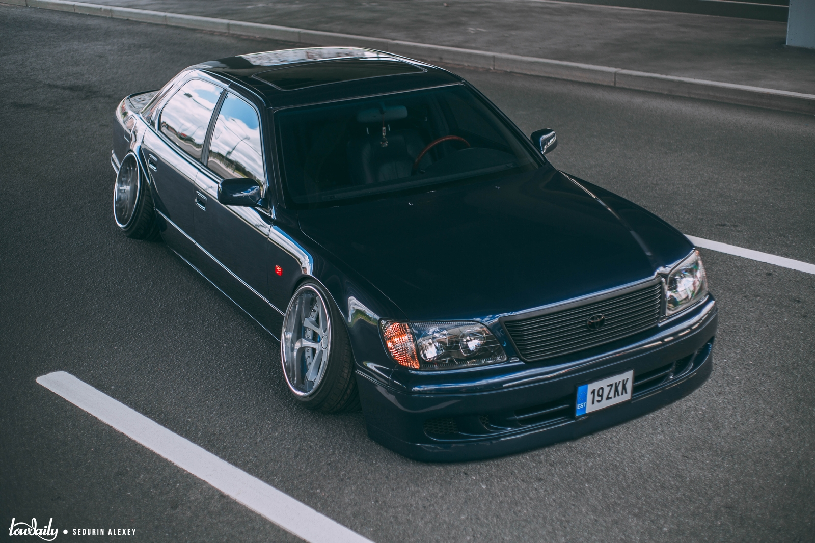 Lexus LS400 947A2402