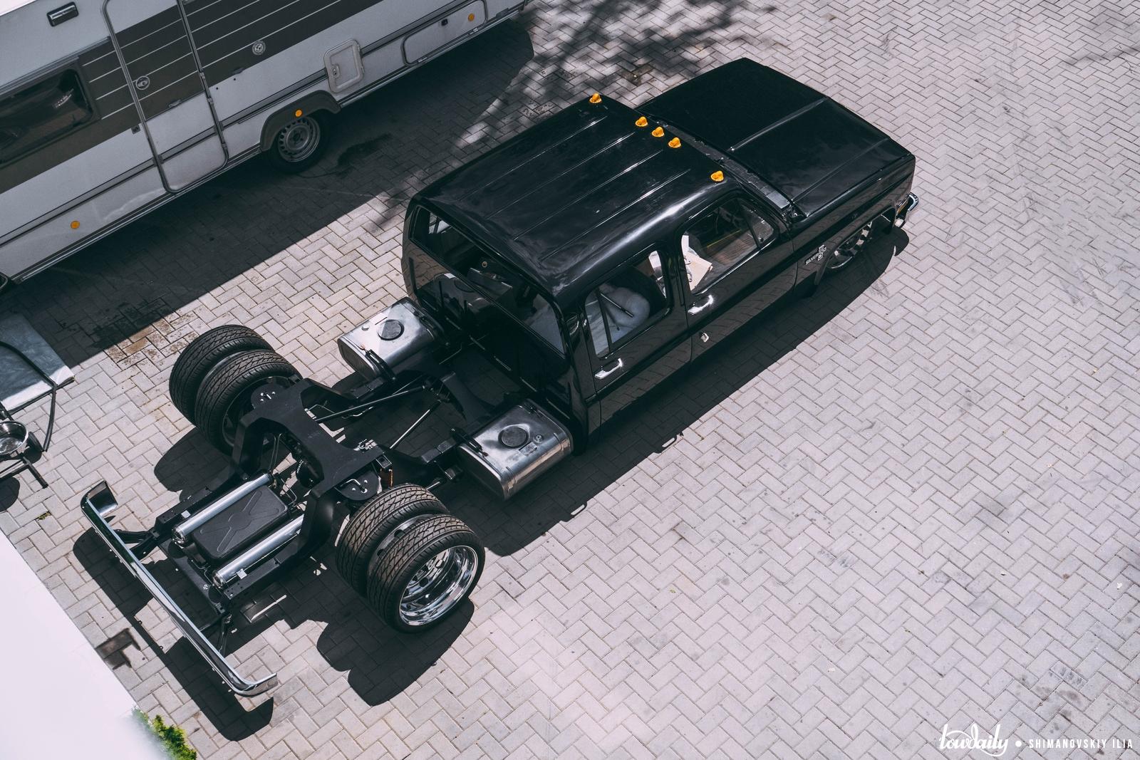 Chevrolet Silverado Slammed Pickup