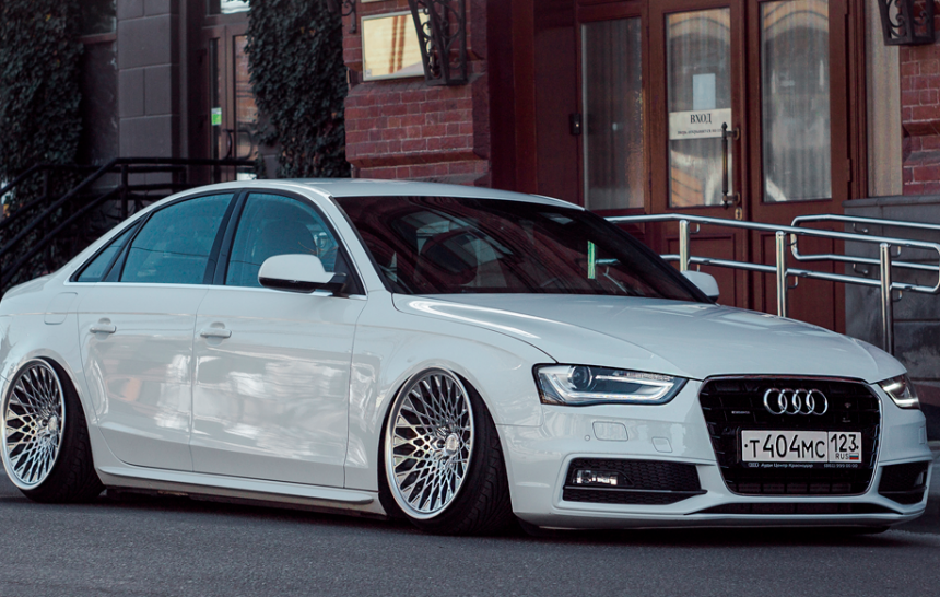 Audi A4 & Grounded Event