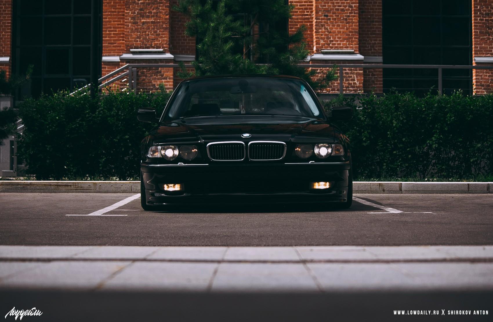 BMW E38 Lowdaily _MG_7020