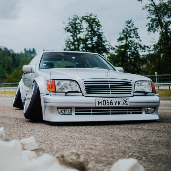 Mercedes-Benz W140 Static