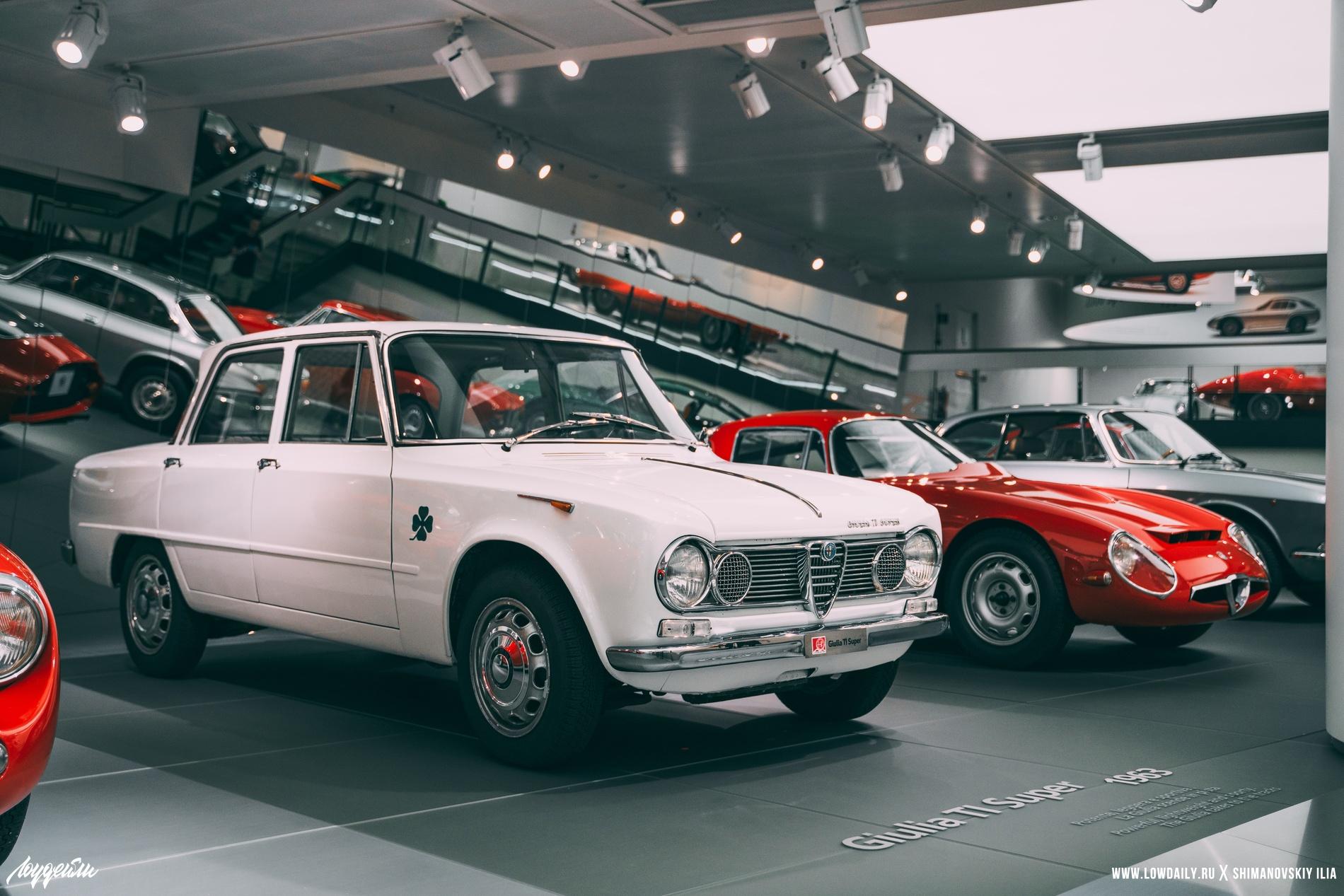 Alfa-Romeo museum Italy DSC01960