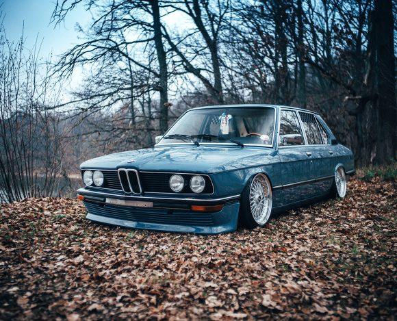BMW E12 – Dellorto