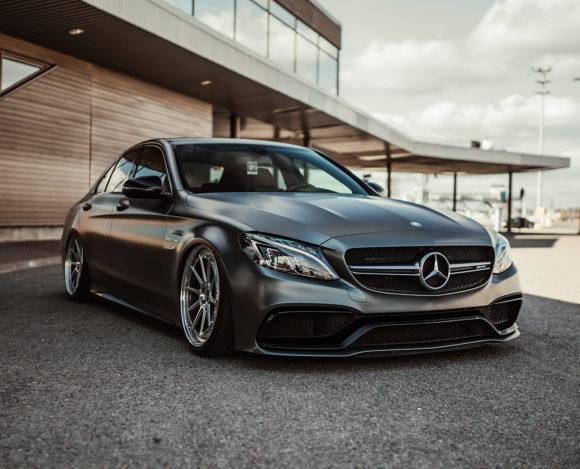 Mercedes-Benz C63 AMG