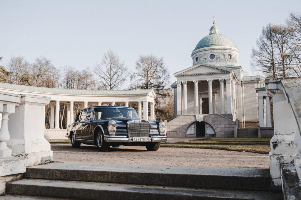 Mercedes Benz 600 W100