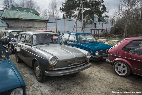 Smith's Garage. Old VW never dies.
