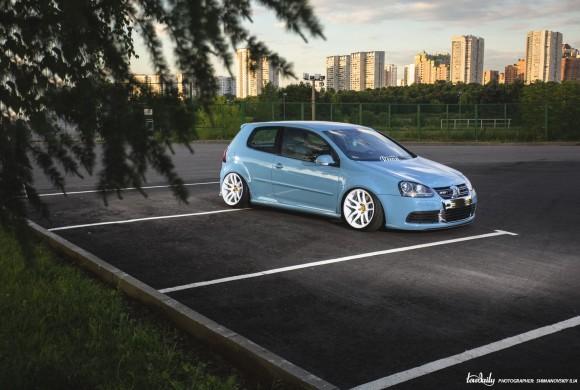 Sic Itur Ad Astra   Volkswagen Golf R32 mk5.