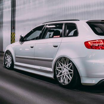 Side Line — Audi S3