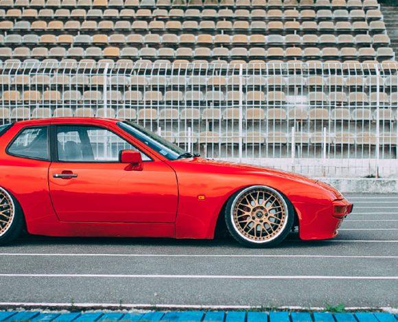 Porsche 944 Bagged.