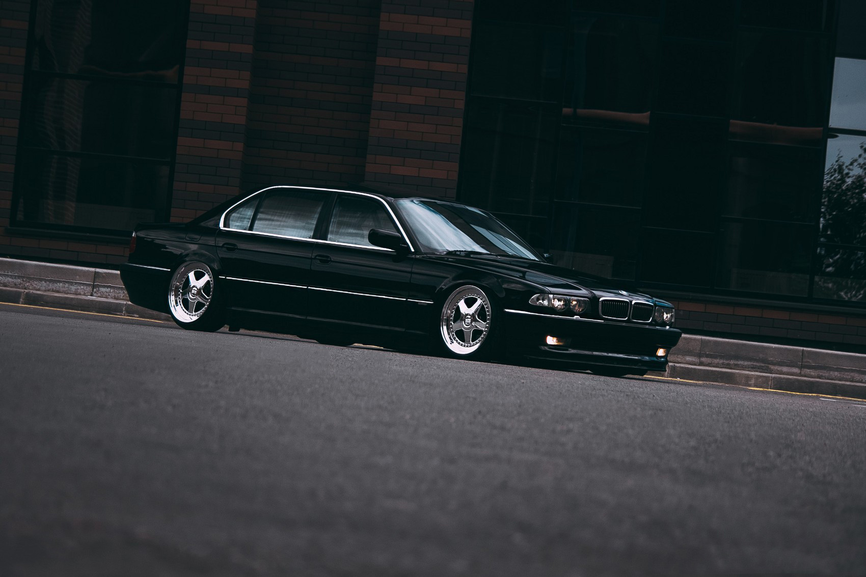 Bmw 7 Series E38 Long Lowdaily Urban Automotive Society
