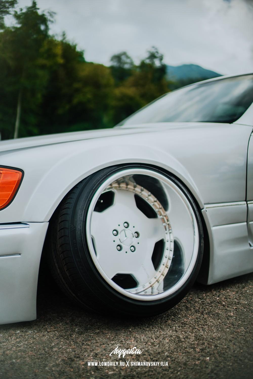 Mercedes-benz_W140_StaticDSC05546