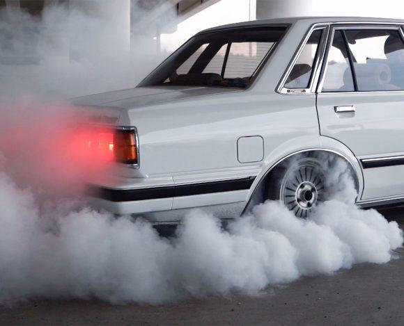 1UZ FE Burnout — Toyota Chaser V8