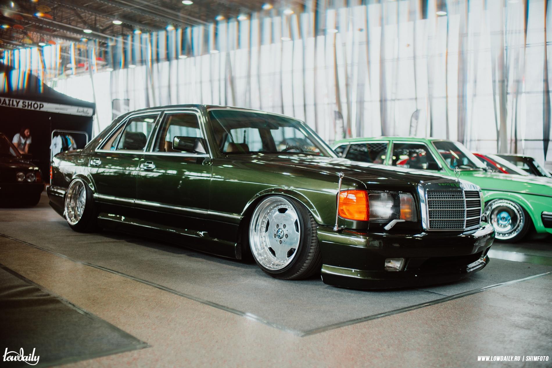 Mercedes-Benz W126 5.6 V8